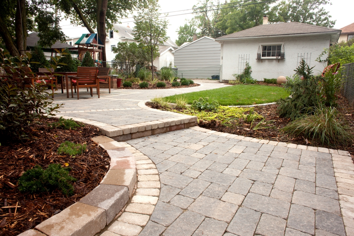 Patios Amp Outdoor Living Spaces Terra Lawn Care Specialists